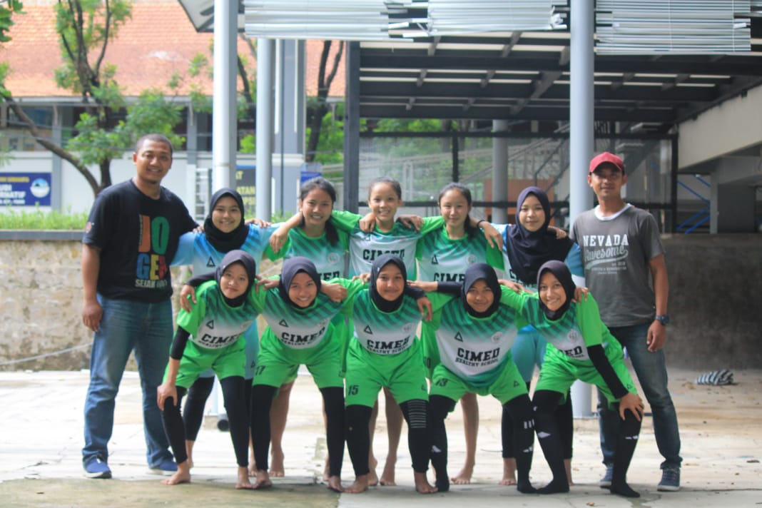 "JUARA 3 FUTSAL PUTRI ""SPORT EDUCATION MULTIEVENT 2020 (SEMU 2020)"""