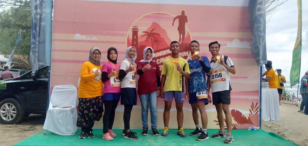 Siswa Citra Medika Raih Medali Emas Run Gunung Kidul, Jogjakarta