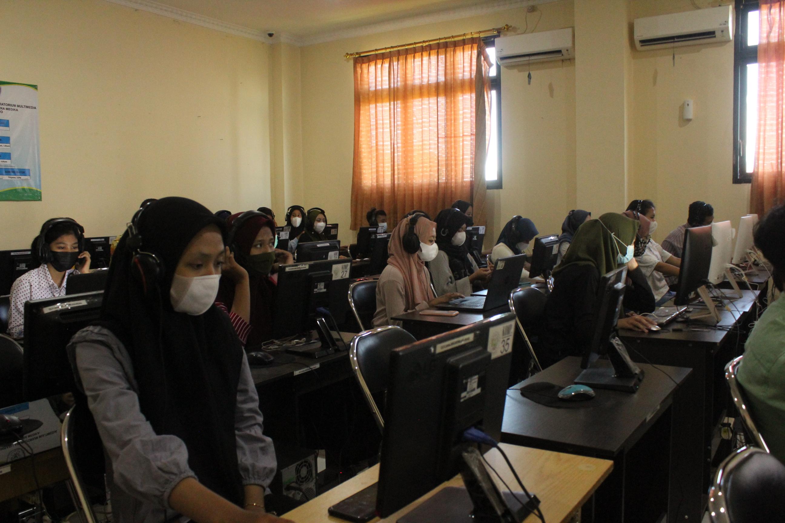 Pelaksanaan Sertifikasi Internasional  Kemampuan Bahasa Inggris TOEIC 2021 di SMK Kesehatan Citra Medika Sukoharjo